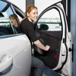 Началось производство автомобилей с защитой кромок дверей