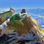 Эверест продолжает собирать дань жизнями
